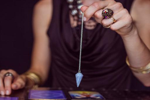 Il pendolo o radiestesia